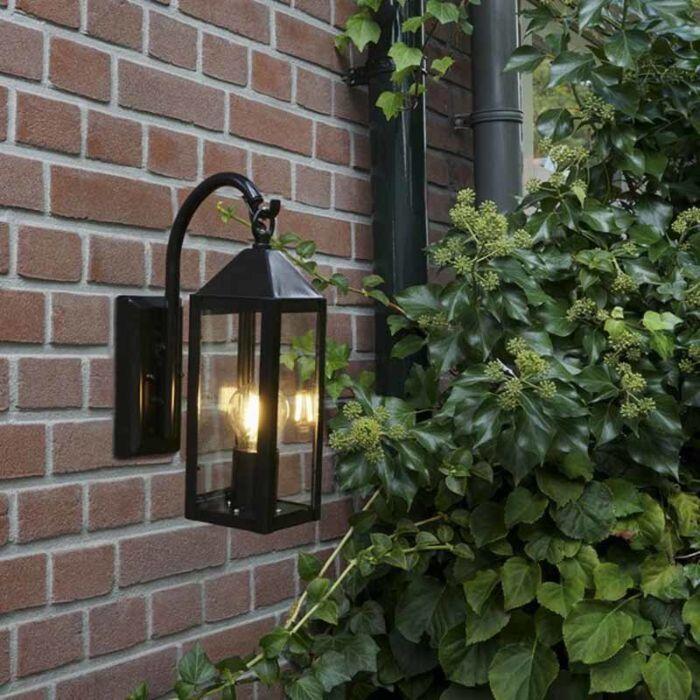 Landdistrikts-udendørs-væglampe-sort-IP44---Bussum