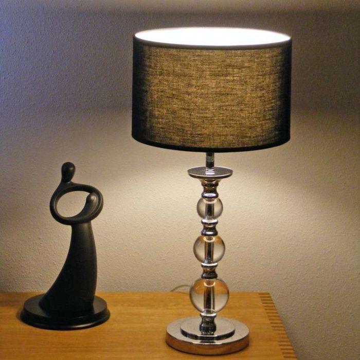 Bordlampe-Calabash-krom-med-sort-skærm