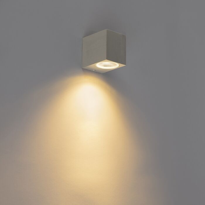 Moderne-væglampe-aluminium-IP44---Baleno-I.