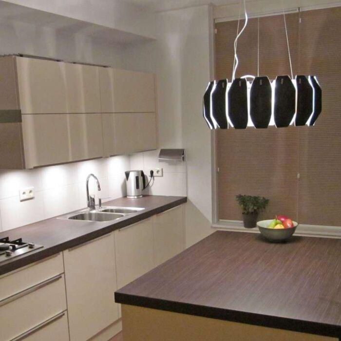 Hængelampe-Archo-krom---sort