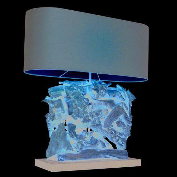Bordlampe-Raman-Recta-naturlig-med-brun-skygge