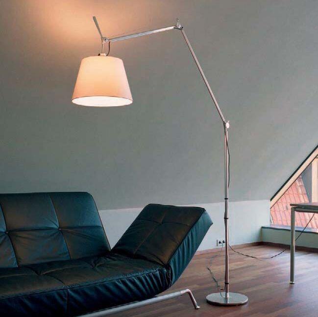 Gulvlampe-aluminium-med-skærm---Artemide-Tolomeo-Mega-Terra